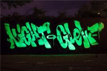 400 ml-es spray. UV fény hatására fluoreszkáló festék. Választható színekben