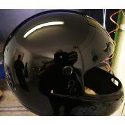 Magas fényű fekete 2K alap festék. 1 liter+edző.