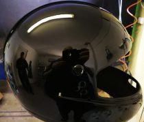 Szuper fényes magas fényű fekete 2K alap festék. 1 liter+edző. (szinte tükrös a felülete)